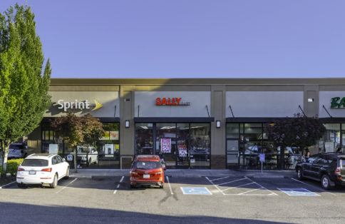 Retail shopping centers Portland Oregon